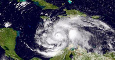hurrican cyclone jamaica